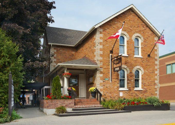 The Earl Whitchurch Pub